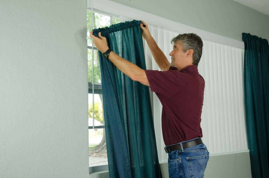 Curtains Fixing Sharjah